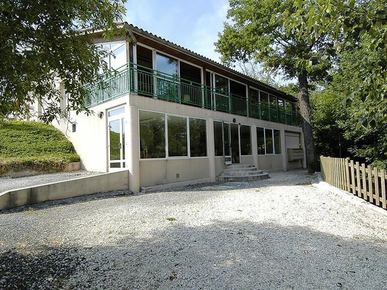 Salles de réception Gardes-le-Pontaroux, vue extérieur