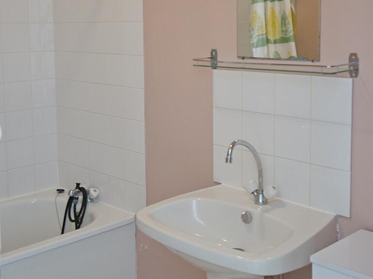 Village vacances Gardes-le-Pontaroux - villas, salle de bain